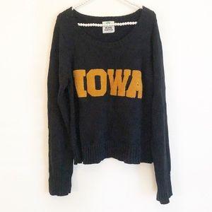 Iowa University Hawkeyes Spellout Chunky Sweater